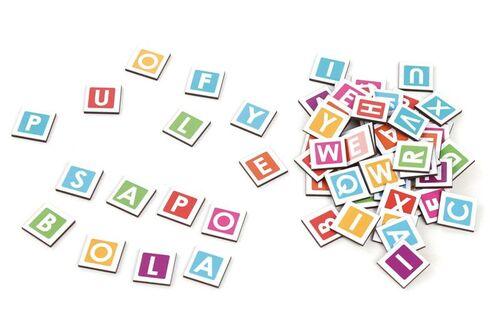 Brinquedo Educativo Formando Palavras