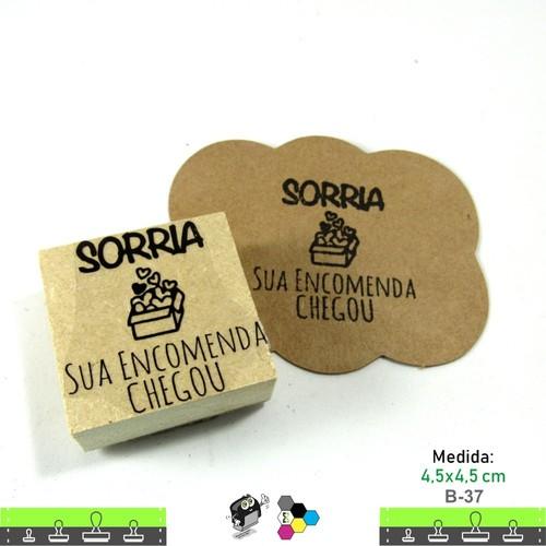 Carimbos Bonitos de Madeira, Sorria sua encomenda Chegou - B37