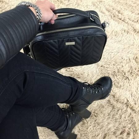 MINI MÉDIA Bolsa média a tiracolo em couro legítimo preta