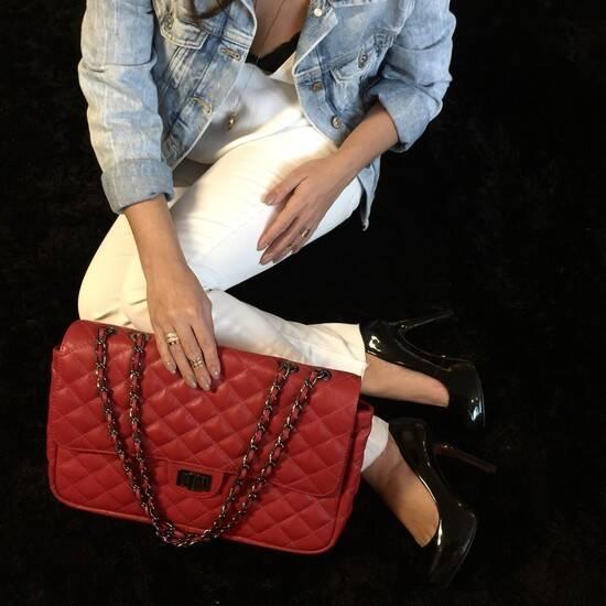 VERSALHES GRANDE Bolsa de corrente em couro legítimo vermelha com metais ônix matelassê tradicional