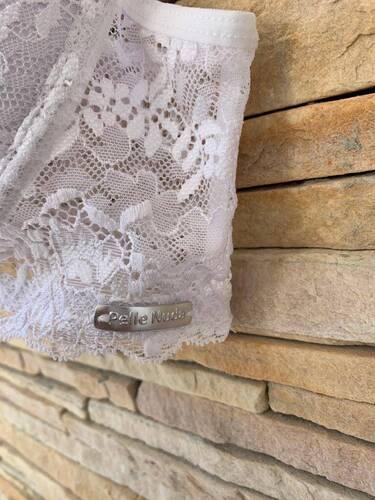 Sutiã Microfibra Plus Size de Bojo e detalhe em Renda - Viviane