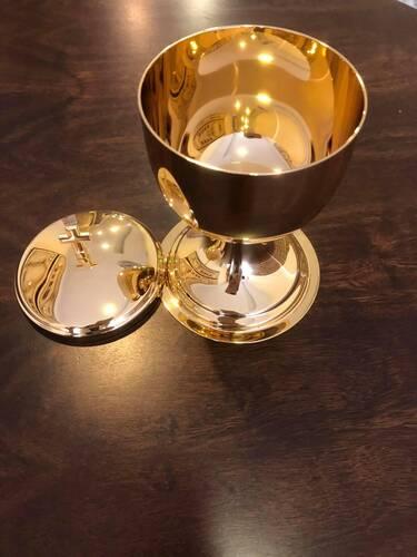 Âmbula/Cibório dourada total - 19cm